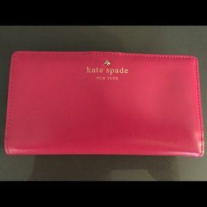 Authentic Kate Spade Cedar Street Wallet